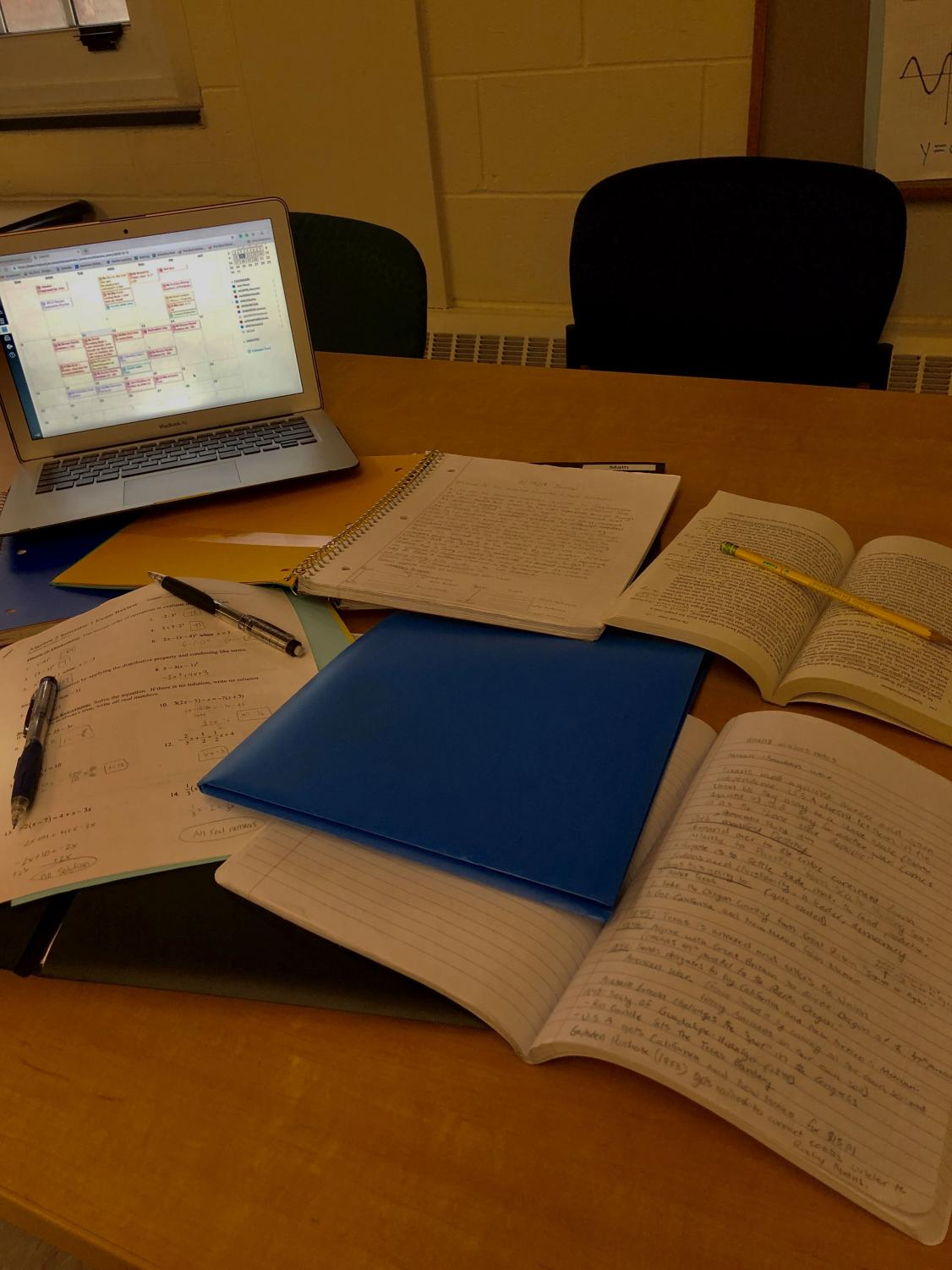 A common scene for students during finals weeks. However, organization can lead to success.