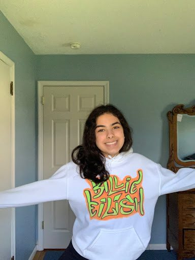 Laila Elbakkal '21 is sporting her Billie Eilish sweatshirt. Wearing an expressive sweatshirt or top is a great way to have fun with fashion on Zoom.